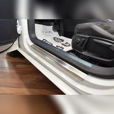"""Накладки на пороги с названием модели автомобиля, серия """"Standart"""" для 3-х дверной модели"""