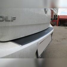 """Накладка на задний бампер с загибом, серия """"Premium Carbon"""""""