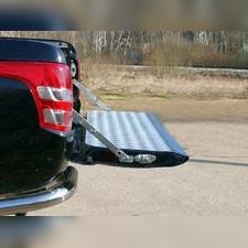 Защитный алюминиевый вкладыш в кузов автомобиля (борт).