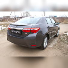 Накладка на задний бампер Toyota Corolla (седан) 2012-2015