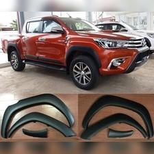 Расширители колёсных арок Toyota Hilux 2015 - 2018 (комплект 6 частей, вынос 20мм)