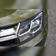 Накладки на передние фары (реснички) Renault Duster 2015-н.в.