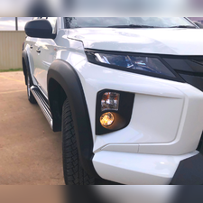 Расширители колёсных арок для Mitsubishi L200 NEW 2019+