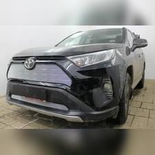 Защита радиатора верхняя Toyota Rav4 2019-н.в. стандартная хром с парктроником и камерой