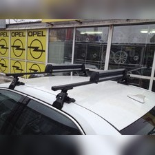 Багажник на крышу с прямоугольными поперечинами Toyota Corolla IX 2002-2004 (гладкая крыша)
