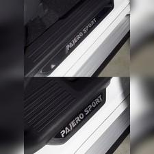 Накладки на пороги вставка (лист зеркальный надпись Pajero Sport ) Mitsubishi Pajero Sport 2021-нв