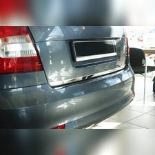 Накладка на крышку багажника (лист зеркальный) Nissan Qashqai (J11) 2014-нв
