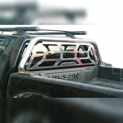 Защитная дуга в кузов 76 мм с декоративной решеткой и логотипом