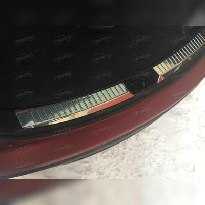 Накладка на порог багажника