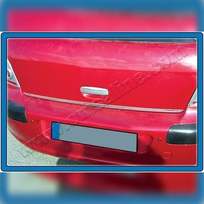 Нижняя кромка крышки багажника (нержавейка)
