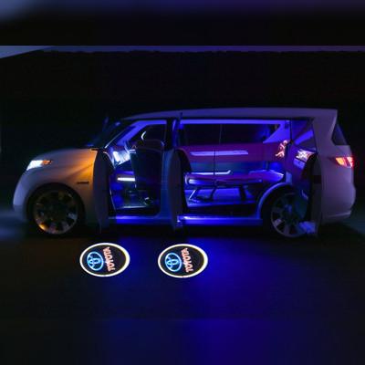 """Лазерный проектор в дверь с логотипом """"TOYOTA"""""""