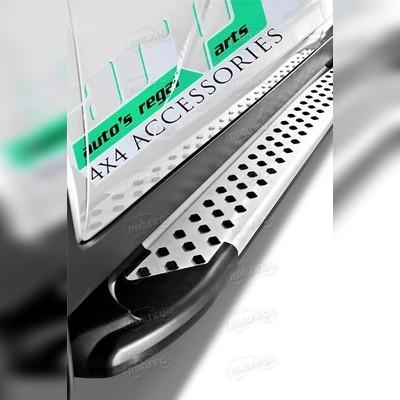 """Комплект алюминиевых порогов, модель """"Artemis""""(короткая база)"""