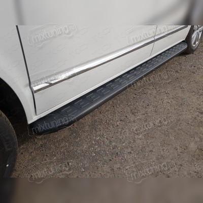 Пороги алюминиевые с пластиковой накладкой (карбон черные) 2120 мм