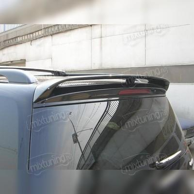 Спойлер на крышку багажника