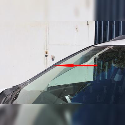 Водосток лобового стекла (для авто без рейлингов)