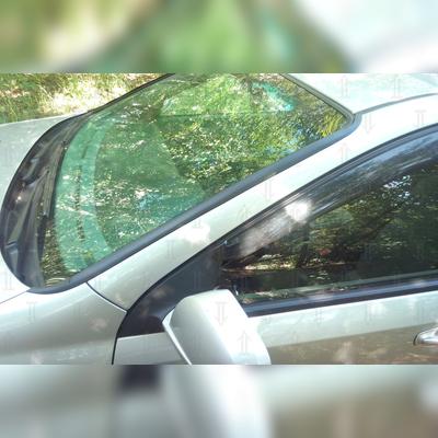 Водосток лобового стекла (для авто седан, универсал)