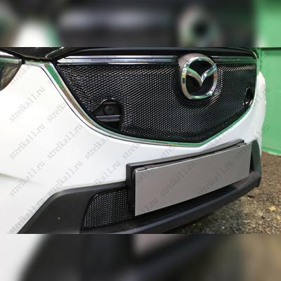 """Накладка на решетку радиатора верхняя """"PREMIUM BLACK 3D"""" для автомобилей с штатным парктроником"""