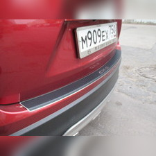 """Накладка на задний бампер с загибом с названием модели автомобиля, серия """"Premium Carbon"""""""